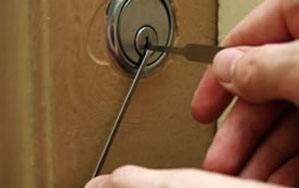 Door locks Chipping Ongar